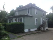 527 Richland Ave, Athens, OH 45701
