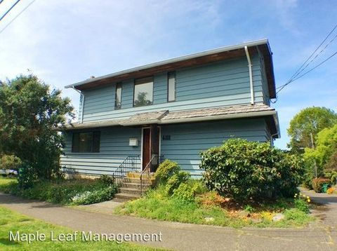 6111 34th Ave Nw, Seattle, WA 98107