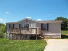 220 Klepper Estates Dr, Rogersville, TN 37857