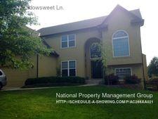 7412 Meadowsweet Ln, Shawnee, KS 66227
