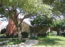 2401 Stone Hollow Dr, Brenham, TX 77833