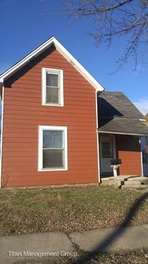 1004 S Columbia St, Frankfort, IN 46041
