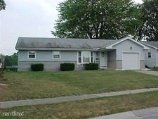 107 Rossway Ave, Rossford, OH 43460