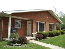 214 And 1/2 W Berry St, Alexandria, IN 46001