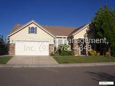 101 Soledad Ct, Roseville, CA 95747