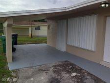18711 Nw 32nd Ct, Miami Gardens, FL 33056