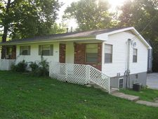 4706B South Pointe Dr, Imperial, MO 63052
