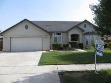 15825 W Stanislaus Ave, Kerman, CA 93630