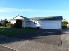 4873 Four Winds Dr N, Keizer, OR 97303
