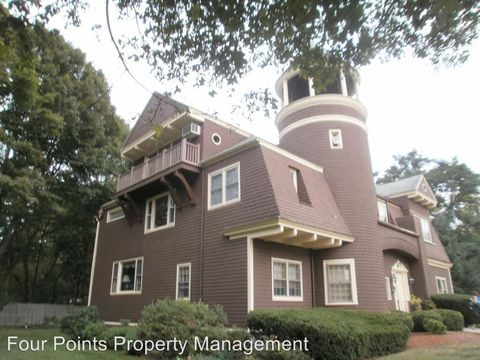 172 Chestnut St, North Andover, MA 01845