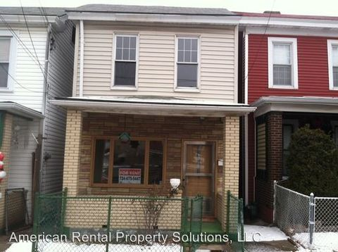 215 E 15th Ave, Homestead, PA 15120