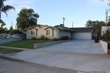 11017 Mascarell Ave, Mission Hills, CA 91345