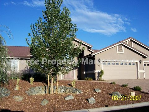 7440 N Park Crest Ln, Prescott Valley, AZ 86315
