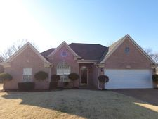 7515 Mary Dr, Olive Branch, MS 38654
