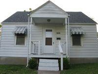 1423 N Main St, Cape Girardeau, MO 63701