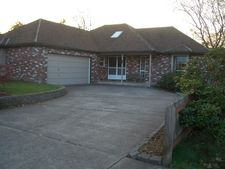 2216 15th St, Springfield, OR 97477