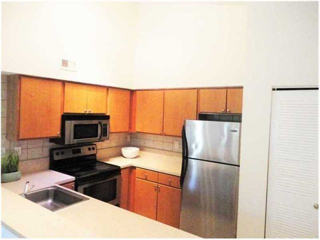 Home for rent 2445 sw 18th ter fort lauderdale fl for 2445 sw 18th terrace