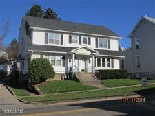 209 W Main St, Saint Clairsville, OH 43950