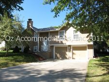 15612 E 2nd St S, Independence, MO 64050