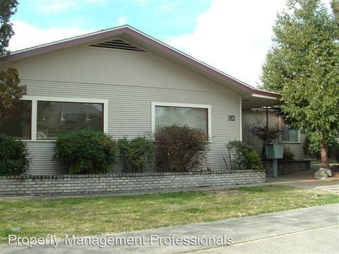 836 Nw 6th St # 10, Grants Pass, OR 97526