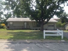 6134 Glenwood Ave, Mission, KS 66202