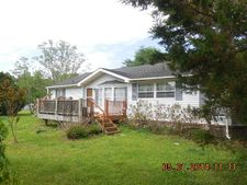 7586 Old River Rd, Burgaw, NC 28425