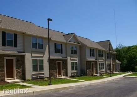 198 Ammon Ave, Elizabethtown, PA 17022