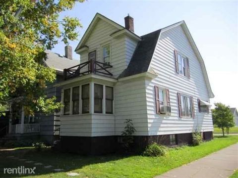 1023 N 21st St, Superior, WI 54880