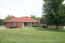 2484 Sw Kingsrow Rd, Topeka, KS 66614