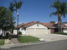 30135 Lands End Pl, Canyon Lake, CA 92587