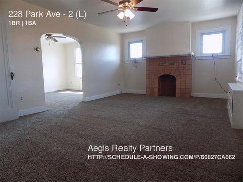 228 Park Ave, West View, PA 15229