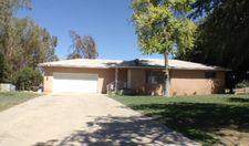 8626 N Fowler Ave, Clovis, CA 93619