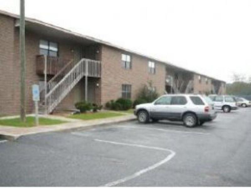 3364 Frontgate Dr Apt 9, Greenville, NC 27834 - realtor.com®