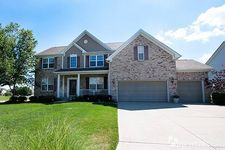 8028 Vegas Ct, West Chester, OH 45069