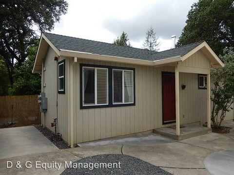 8065 Maple Ave, Forestville, CA 95436