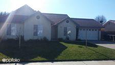 963 Boxwood Ln, Lemoore, CA 93245