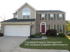 6302 Richmond Rd, Oakwood Village, OH 44146