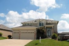 4501 Sw Raintree Ridge Dr, Lees Summit, MO 64082