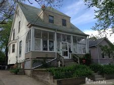 509 W Grove St, Bloomington, IL 61701