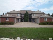 1393 Dayton St Apt 4, Mayville, WI 53050