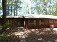 170 Lake Dr, Pine Mountain, GA 31822