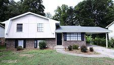 6527 Cameron Rd, Morrow, GA 30260