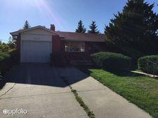 6518 Moreland Ave, Cheyenne, WY 82009