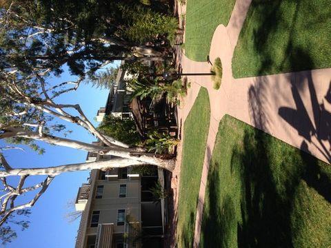 680 Sharon Park Dr, Menlo Park, CA 94025
