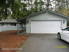 9190 Central Valley Rd Ne, Bremerton, WA 98311
