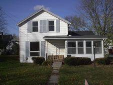 528 W Clark St, Freeport, IL 61032