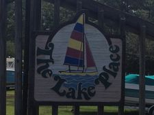 112 Lake Place Dr, White Lake, NC 28337