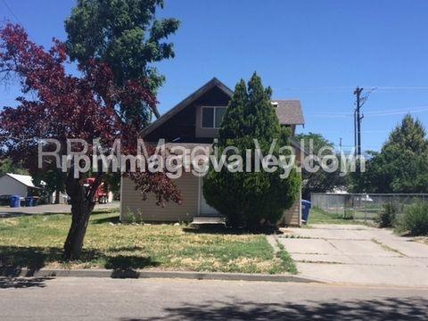394 Jackson St, Twin Falls, ID 83301