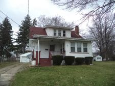 144 Maywood Dr, Youngstown, OH 44512