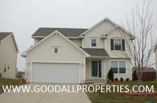 890 Se Willowbrook Dr, Waukee, IA 50263